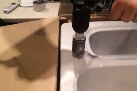 Сверление отверстия в керамике коронкой с алмазным напылением
