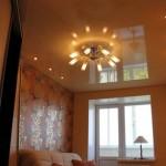 Типичный потолок типичной гарсоньерки