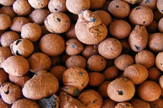 Керамзит - глиняные «запеченные» камешки