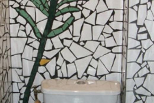 Дорогая мозаика в туалете