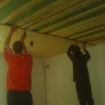 Монтаж потолка из вагонки в ванной