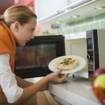 Как правильно выбрать посуду для микроволновой печи