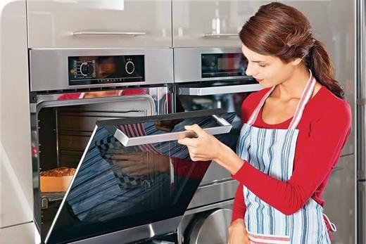 Духовка с микроволновой печью - отличный вариант для любителей экспериментировать