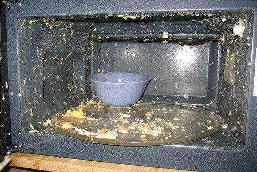 Варить яйца в микроволновой печи не рекомендуется!