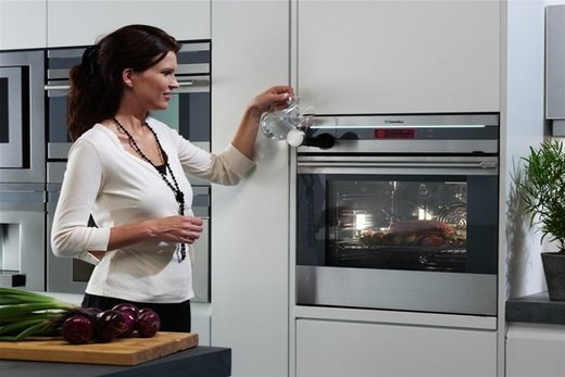 Встраиваемая зависимая духовка с свч-печью