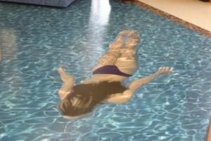 Наливной пол бассейн