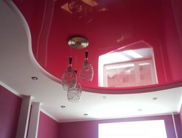 Вишнёвый потолок для ванной комнаты