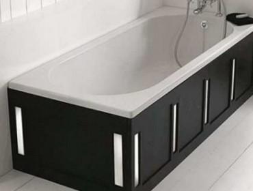 Стальная ванна после установки