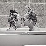 Ванная комната в черных и белых цветах