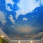 Один из наиболее распространенных сюжетов – небо голубое, облака – белые!