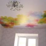 Море цветов на потолке подчеркнёт вашу жизнерадостность