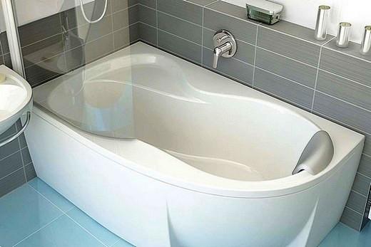 Сложная форма акриловой ванны
