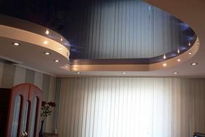 Из натяжного полотна и гипсокартона комбинированный потолок