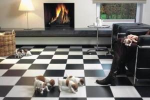 Плиточный пол в шахматную клетку