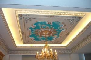 Комбинированный потолок: «дворцовое» решение
