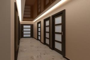 Зеркальный светодиодный потолок в длинной прихожей