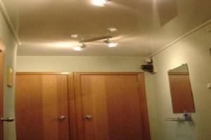 Узких коридоров не существует, только потолки, выполненные безыскусно