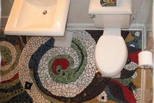 Мозаично-фантазийное оформление туалета