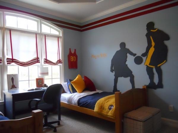 Украшаем стены в детской изображениями элементов спорта