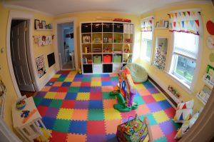 В детской комнате мягкий пол